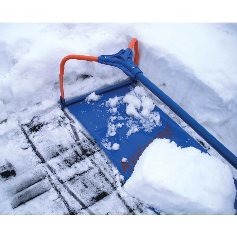 Avalanche 500 16 Ft. Fiberglass Snow Roof Rake Removal System Image 1